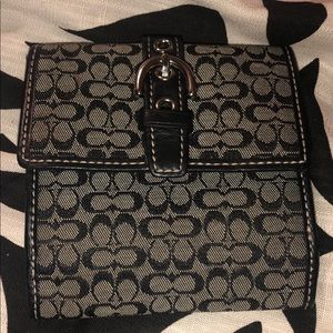 Coach small wallet Authentic